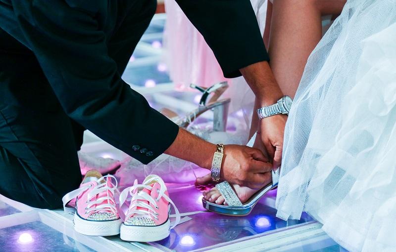 ayak şekline göre ayakkabı seçimi kıyafete göre ayakkabı seçimi doğru spor ayakkabı seçimi ayak sağlığı için en iyi ayakkabı markası spor ayakkabı büyük mü almalı ayak şekline göre topuklu ayakkabı seçimi iyi bir spor ayakkabı nasıl olmalıdır doğru ayakkabı seçimi